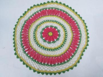 60s vintage pink & green flower pattern crochet lace daisy doily