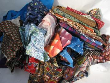 60s vintage print fabric scraps lot, for quilting / retro sewing / crafts