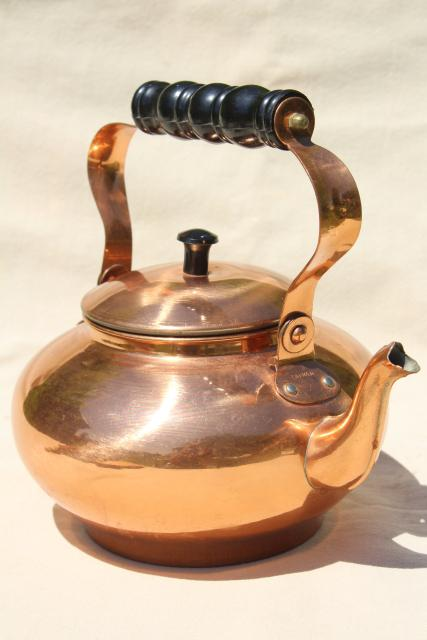 70s 80s vintage copper tea kettle, colonial or country kitchen teapot