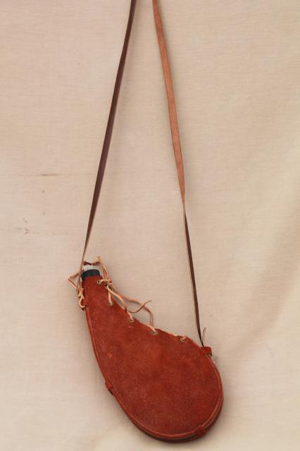 70s vintage Mexican leather shoulder strap canteen bag, water or wine bottle flask