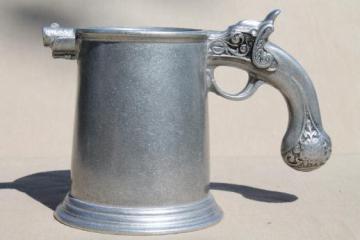 70s vintage Wilton Armetale pewter tankard, mug or beer stein w/ flintlock pistol