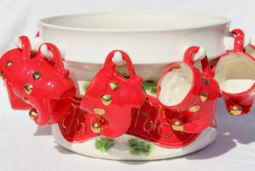 70s vintage handmade ceramic punch set, Christmas bowl w/ elf shoes punch cups