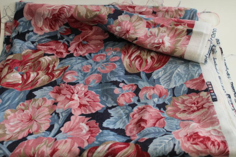 Vintage floral Leaves Vines on Pale 80s blue  Fabric 42-44 wide 100/% cotton Fabric Traditions