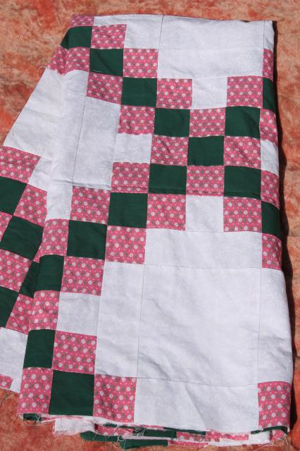 80s vintage patchwork quilt top, country primitive colors pine green & rose pink on white