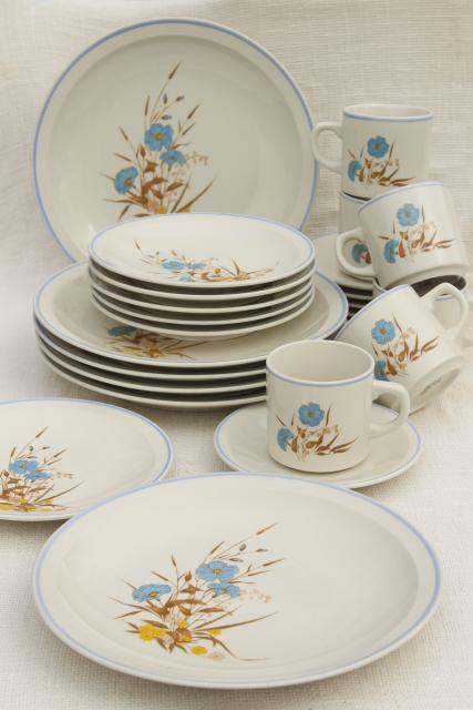 80s vintage stoneware pottery dinnerware Ming Pao china w/ blue \u0026 yellow flowers & 80s vintage stoneware pottery dinnerware Ming Pao china w/ blue ...
