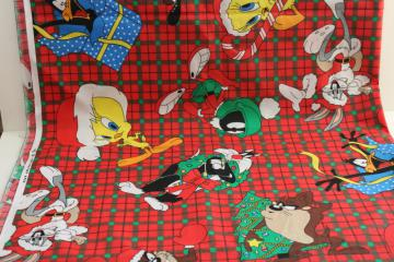 990s vintage fabric, Christmas print Looney Tunes cartoon characters