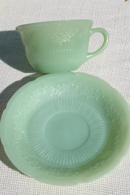 Alice jadeite glass cups & saucers, vintage Fire King jadite green glassware