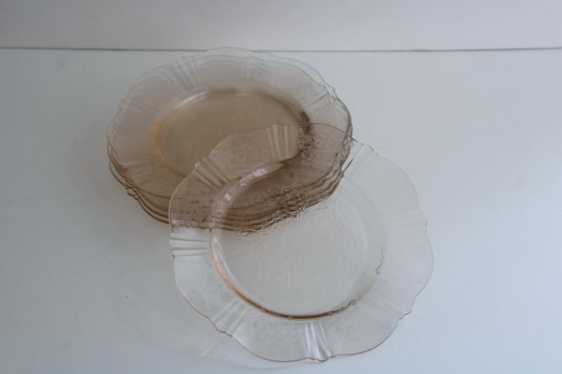 American Sweetheart vintage pale pink depression glass bread & butter or dessert plates