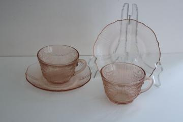 American Sweetheart vintage pink depression glass cups & saucers Macbeth Evans