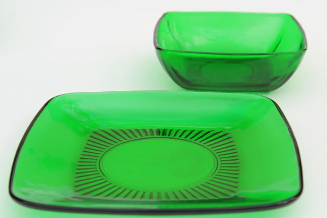 Anchor Hocking Charm square plates \u0026 bowls forest green glass retro 1950s glassware & Anchor Hocking Charm square plates \u0026 bowls forest green glass ...