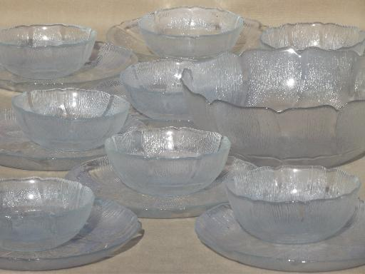 Arcoroc Fleur french kitchen glass dishes, clear glass