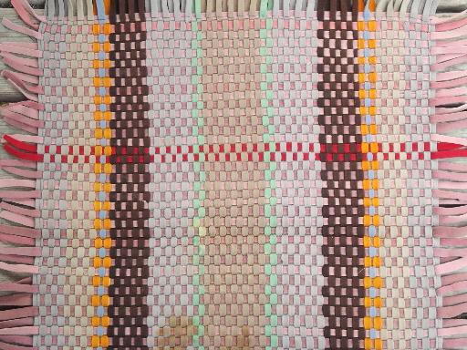 Arts and Crafts vintage heavy wool felt rug, plaid of hand-woven strips