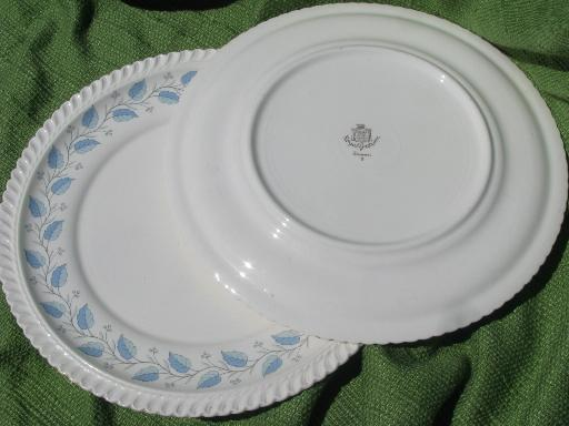 & Bermuda blue leaf pattern Harker ware china 8 vintage dinner plates