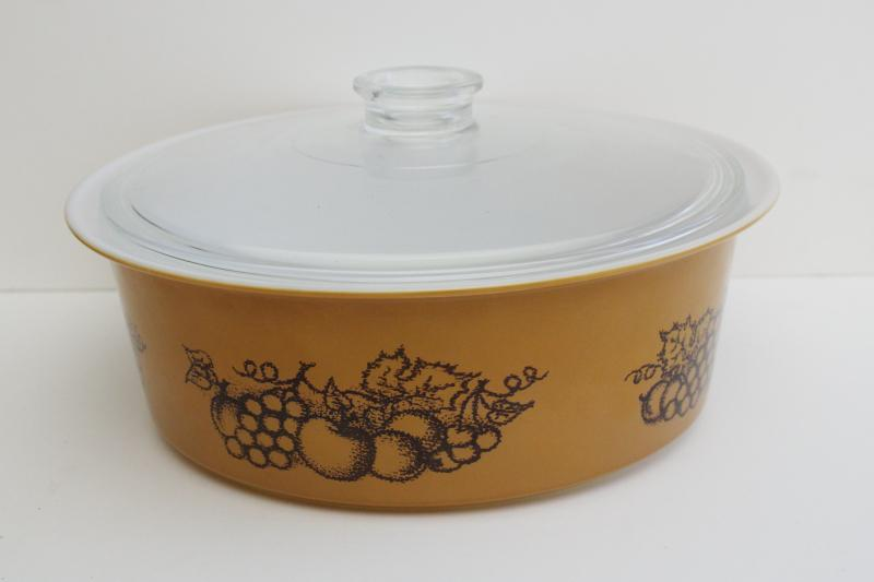 Big Bertha Pyrex vintage 664 Old Orchard fruit pattern w/ clear glass lid
