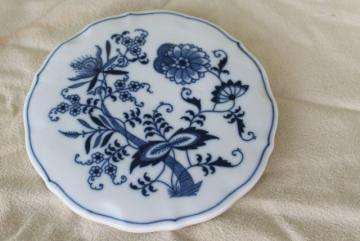 Blue Danube onion or meissen pattern porcelain trivet, vintage blue & white china
