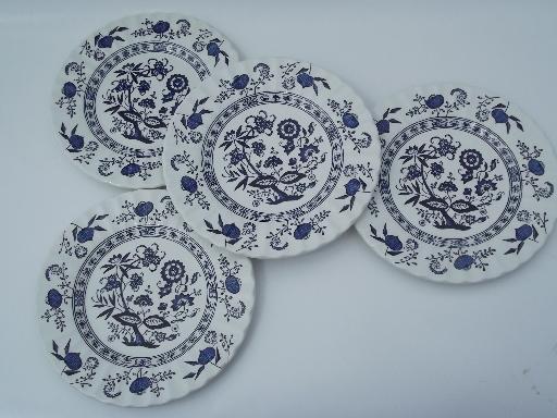 Blue Nordic Ju0026G Meakin classic English china plates blue and white onion & Blue Nordic Ju0026G Meakin classic English china plates blue and white ...