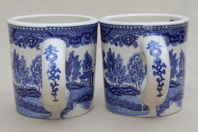 Blue Willow pattern coffee mugs, vintage Japan blue & white china ceramic cups