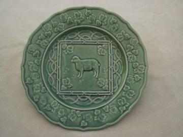 Bordallo Pineiro Portugal pottery plate, green majolica lamb / sheep