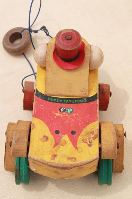 Buddy Bullfrog vintage wood pull toy, 50s 60s early Fisher Price wooden frog