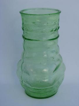 Catalonian art deco vintage pattern glass vase in green