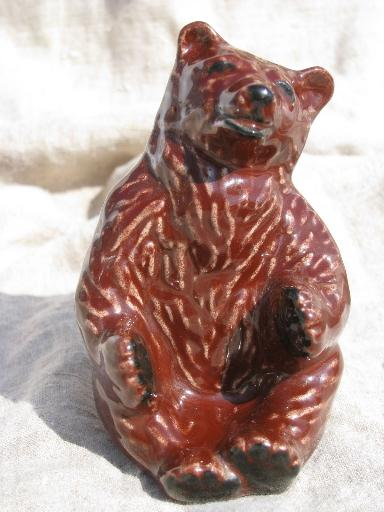 Ceramic Arts Studio Madison Wisconsin vintage brown mama bear shaker
