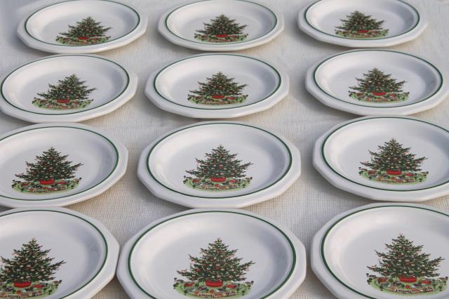 Christmas Heritage Pfaltzgraff luncheon plates set of 12 holiday tree pattern : heritage pfaltzgraff dinnerware - pezcame.com