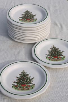 Christmas Heritage Pfaltzgraff luncheon plates set of 12, holiday tree pattern