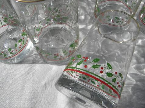 Christmas holly border glass tumblers, retro 80s collectors ...