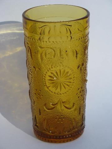 Concord Daisy Pattern Sandwich Glass Tumblers 8 Vintage