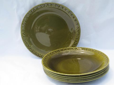 & Connemara Celtic vintage Irish Erin green pottery dinner plates Ireland
