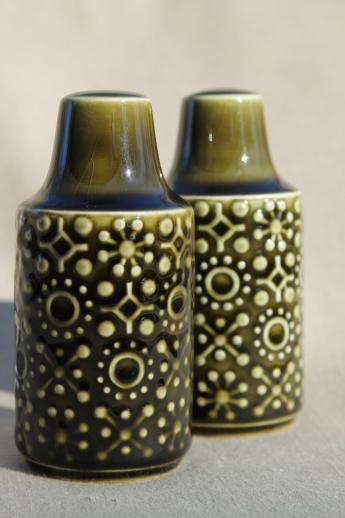 Connemara Celtic vintage Irish Erin green pottery dinnerware Su0026P set salt u0026 pepper shakers & Connemara Celtic vintage Irish Erin green pottery dinnerware Su0026P ...