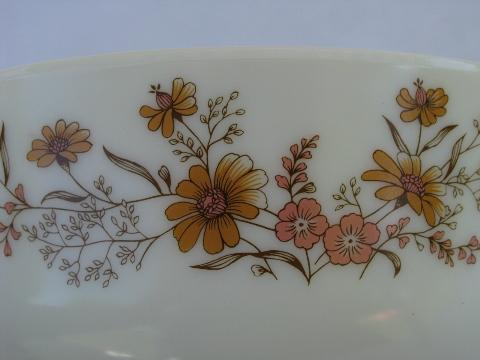 Country Autumn Floral Pattern Vintage England Pyrex