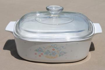 Country Cornflower Corning ware casserole, 2 liter baking pan w/ clear glass lid