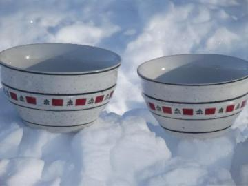 Country Crock Christmas tree stoneware soup  bowls, Tienshan china