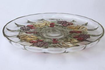 Della Robbia fruit wreath cake plate or low stand, colored stain banana fruits