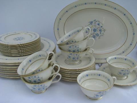 Devon blue floral porcelain dinnerware vintage Castleton china set for 8 & Devon blue floral porcelain dinnerware vintage Castleton china set ...