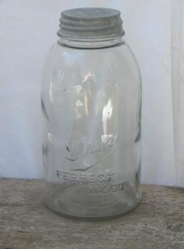 Drey Perfect Mason 2 quart fruit canning jar, vintage storage canister