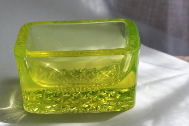 EAPG vintage vaseline glass canary yellow green salt cellar, large heavy master salt