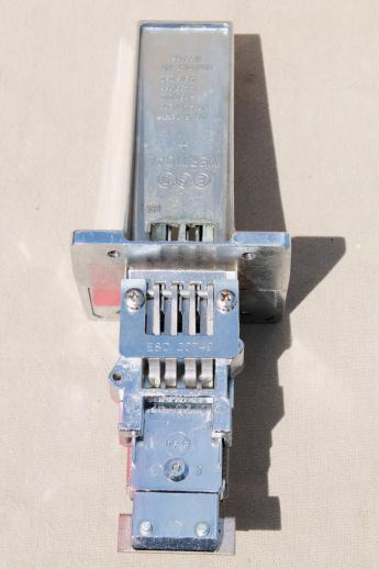 Esd Mechanical Coin Slide Chute 21259 W 4 Slots