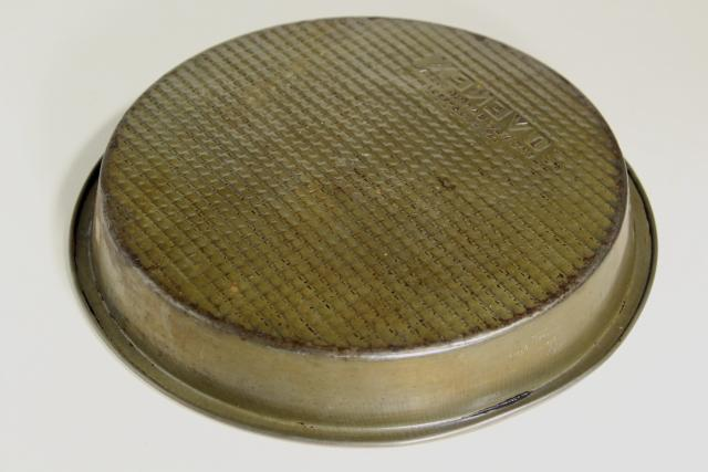 Ekco Ovenex Vintage Baking Pans Waffle Textured
