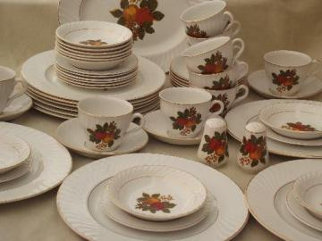 English Harvest Wedgwood china, vintage dinnerware set for 10