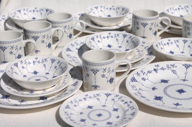 Finlandia nordic blue u0026 white china Churchill Chelsea shape dinnerware set for 6 & Finlandia nordic blue u0026 white china Churchill Chelsea shape ...