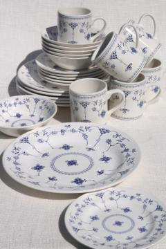 Finlandia nordic blue & white china Churchill Chelsea shape dinnerware set for 6