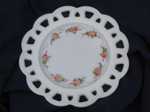 Gay fad lace plates
