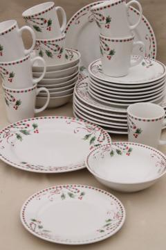 Gibson Festive Traditions Christmas holly pattern dinnerware set for 8