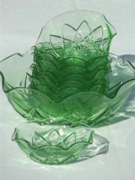 Hazel Atlas Fancy vintage green depression glass berry bowls set