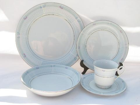 Helen Pink Roses And Blue Lace Fine China Dinnerware Set & Fine China Dinnerware Sets - Castrophotos