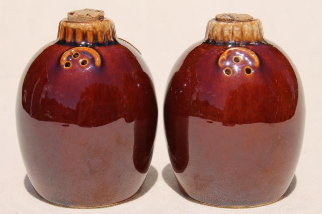Hull pottery mirror brown drip glaze salt and pepper shakers, vintage S&P set