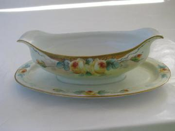 Hutschenruther - Bavaria, Favorite hand-painted sauce dish gravy boat w/ plate