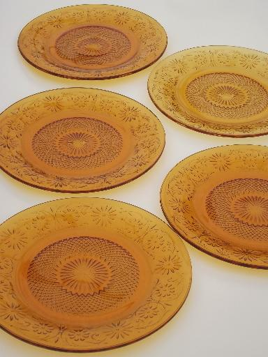 & Indiana daisy amber glass plates vintage depression glass dinner plates